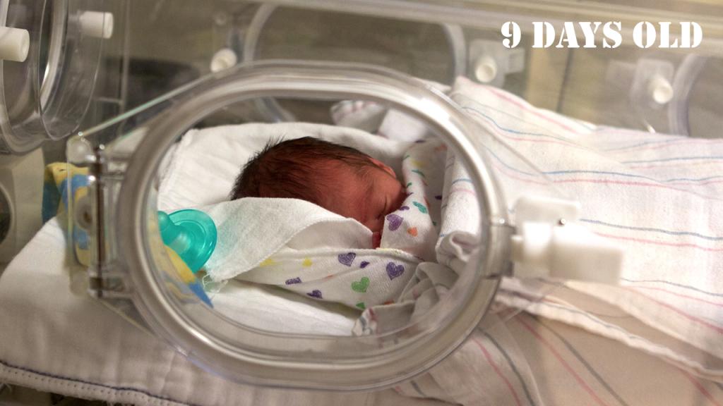baby-isaac-9-days
